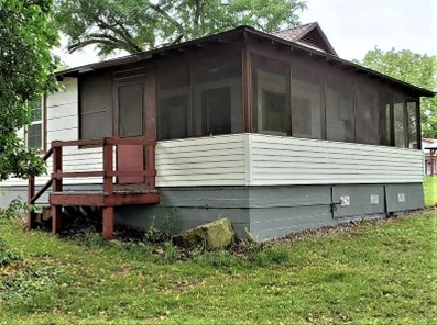 Cabin 2_Couple's Cottage