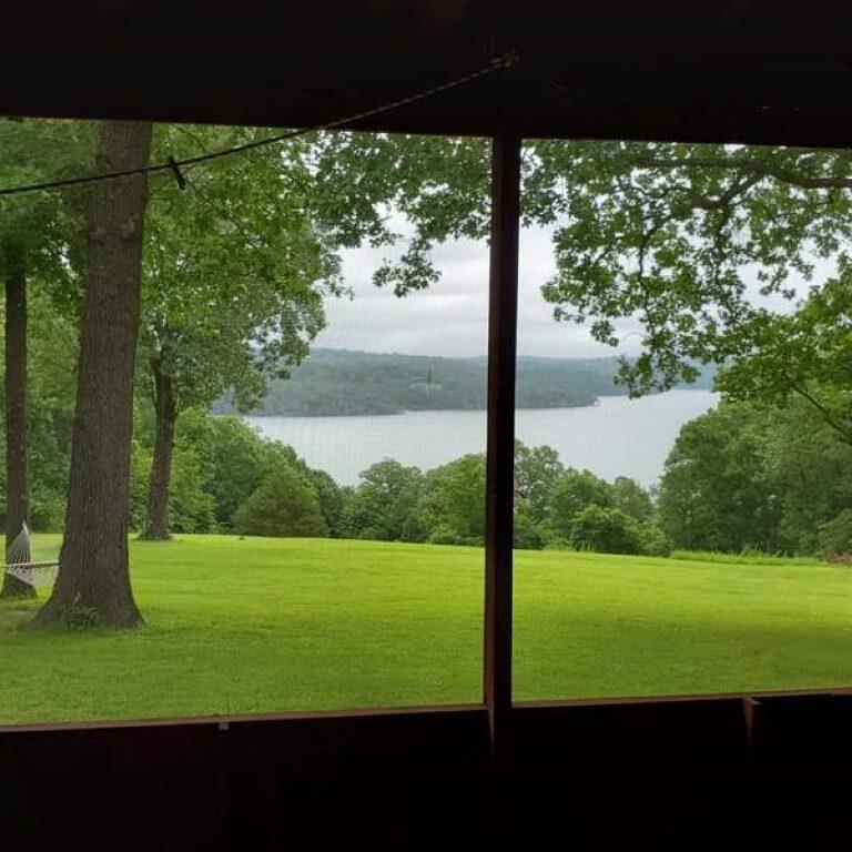 Cabin 2 lake view